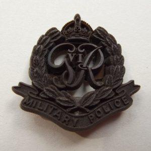 WW2 PLASTIC WAR ECONOMY MILITARY POLICE BADGE