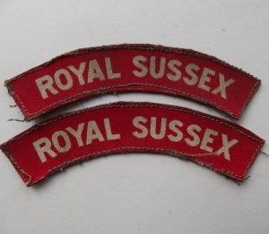 WW2 ROYAL SUSSEX REGIMENT PRINTED SHOULDER TITLES